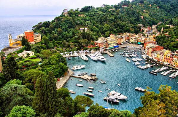 http://www.funmag.org/pictures-mag/around-the-world/italian-village-portofino/
