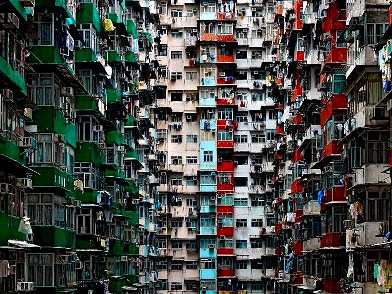 The Flying Tortoise: In Hong Kong People Are Packed Into Sardine Can ...