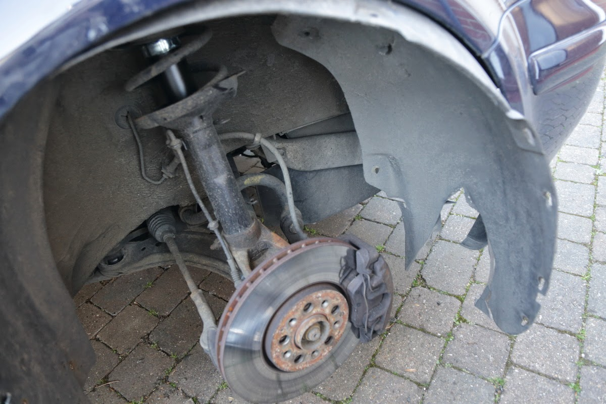 VW Golf MK4 Wheel Arch Rusting