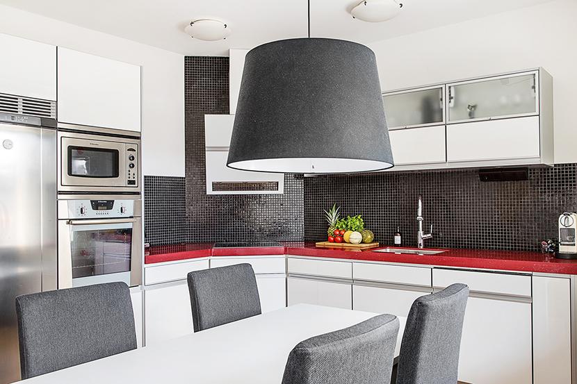 buhardilla-decoracion-lucernario-cocina