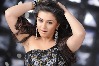 Hansika Motwani beautiful body wallpaper look nice goreous nice smile beautiful legs long legs