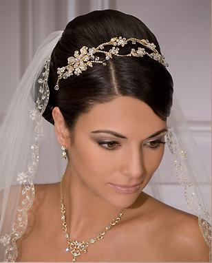 Wedding veils and tiaras wedding hairstyles with veil wedding veils and tiaras for short hair junglespirit Images