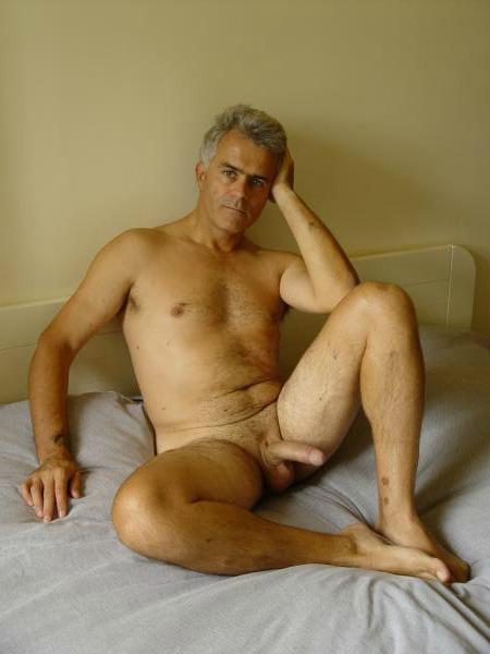 Mature Gay Males 70