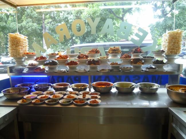 La cocina de un restaurante Padang