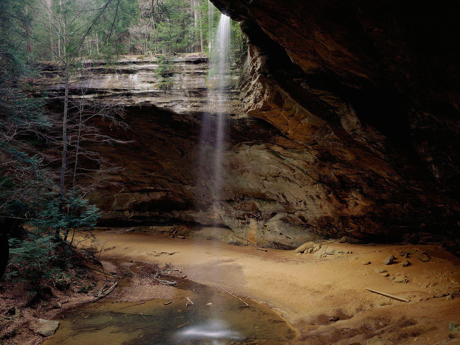 http://2.bp.blogspot.com/-CJYwgMd-QXw/TnnOkuxuWqI/AAAAAAAANPA/xXyBxQeh5b4/s1600/Mooie-watervallen-achtergronden-hd-waterval-wallpapers-afbeelding-foto-28.jpg