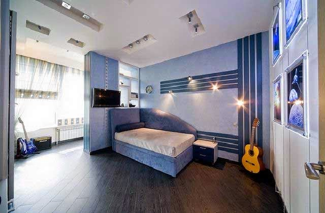 warna biru interior rumah