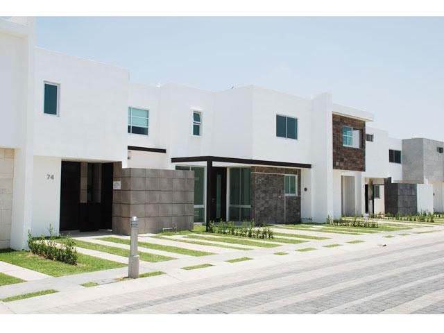 Fachadas minimalistas residencial con fachadas minimalistas for Acabados fachadas minimalistas