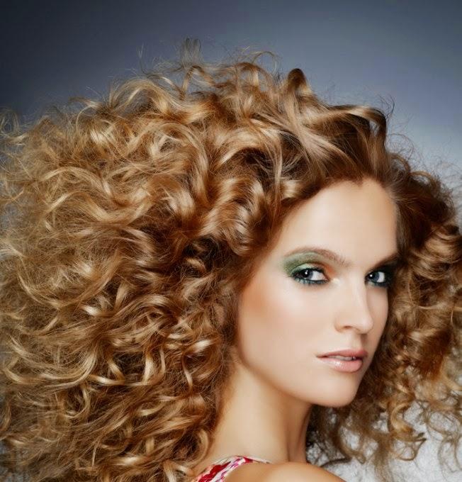 Lange Krullende Kapsels - Voor eens en voor altijd het juiste kapsel bij jouw haartype