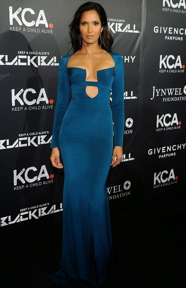 This might not be the Oscar, but Padma Lakshmi is totally looking awards show ready. Decked out in a glam endeavor blue of long gown, the top chef headed the 9th annual Keep A Child Alive gala at New York, USA on Thursday, October 30, 2014.