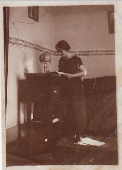 Madeleine à Sèvres en 1924
