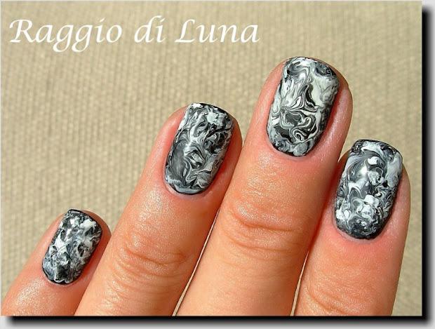 raggio di luna nails black & white