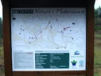 Plafó informatiu de l'itinerari Natura i Modernisme
