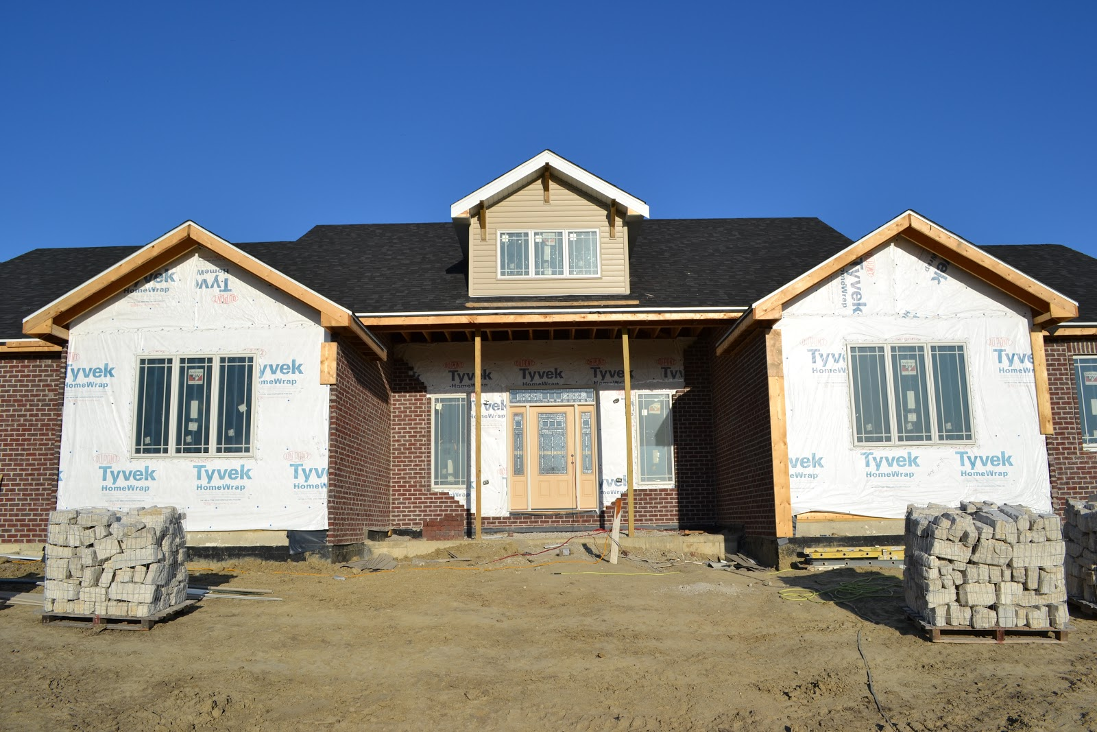 Decorative Stone Siding For Homes : The taylor s in week thursday