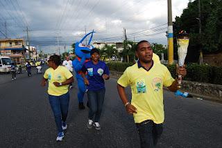 Sindico de San Luis recibe antorcha II Juegos Municipales SDE
