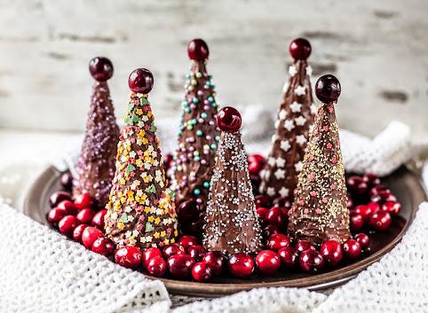 Choinkowe deserniczki w czekoladzie