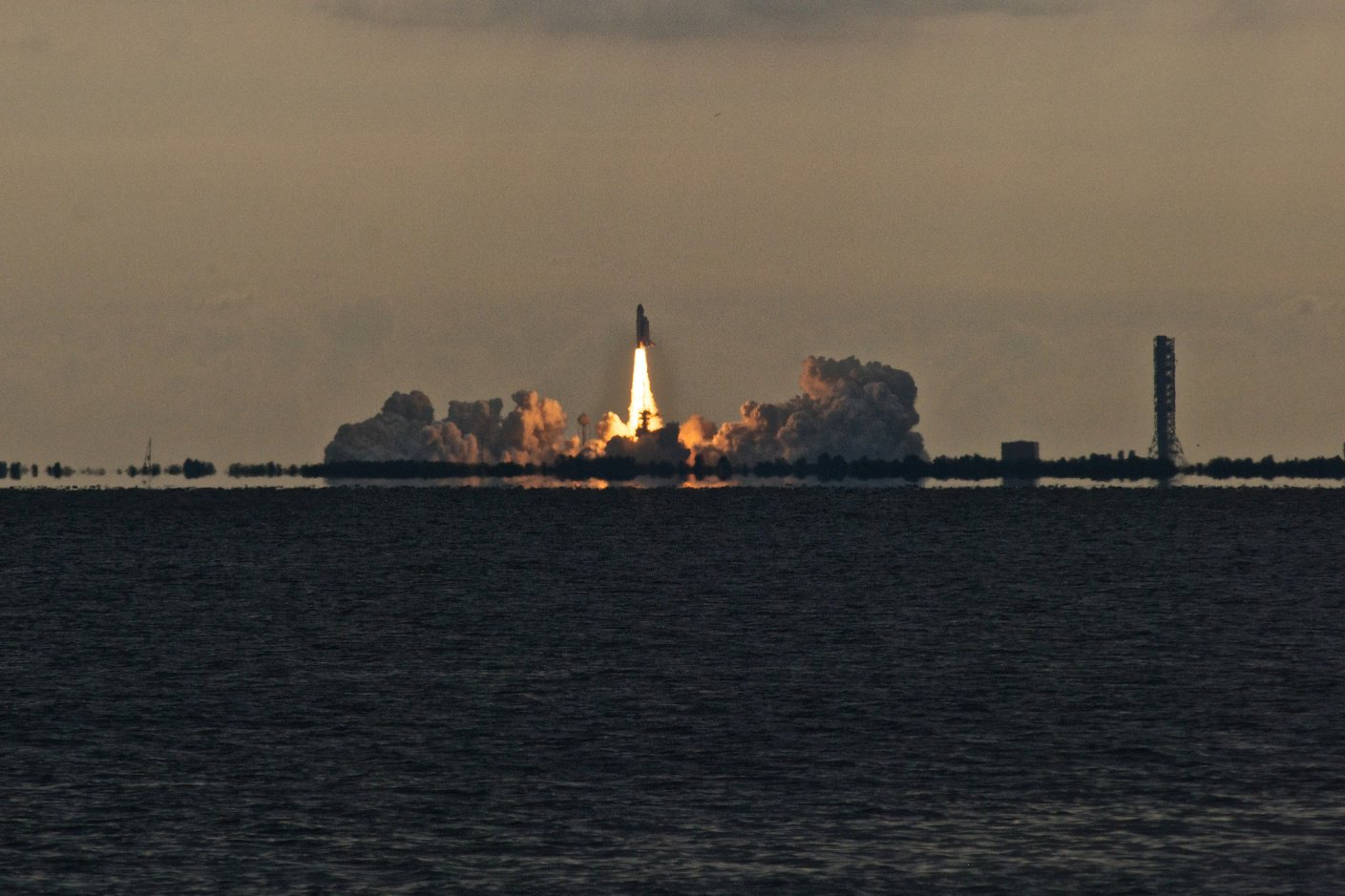 space shuttle launch today live - photo #22