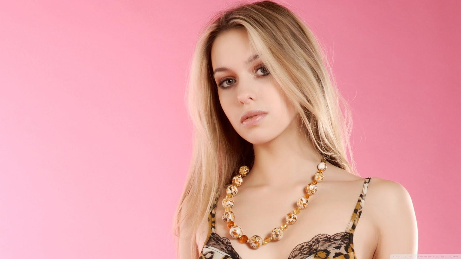beautiful female celebrities wallpapers - photo #20