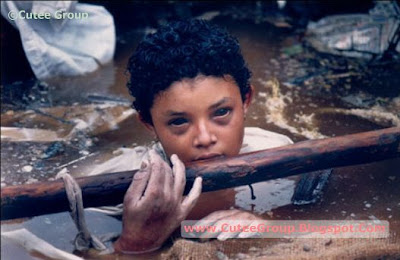 Omayra Sanchez was a little girl who died during the eruption of the Nevado del Ruiz volcano, which destroyed the town of Armero, Colombia, in 1985. Omayra was stuck for three days in the mud, water, corpses of relatives and debris from her home. She was 13 years old.