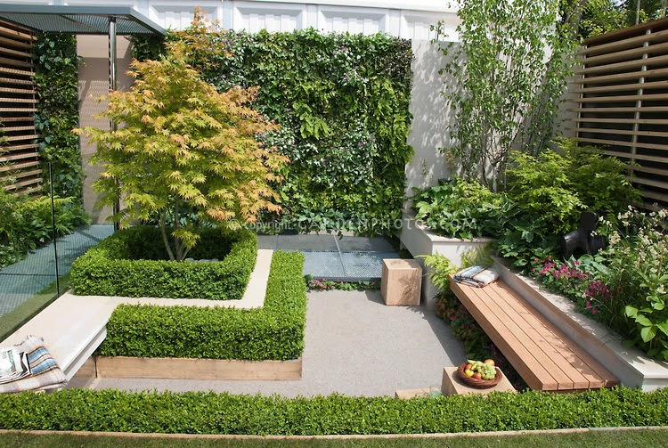 David dangerous sunken garden design for Outdoor garden rooms