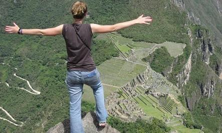 Which Ways Are You Brave - crazy man guy jump highits hills cliff