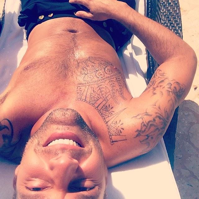 Ricky Martin se saca la ropa durante sus vacaciones