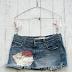 Mini saia jeans: ela voltou?