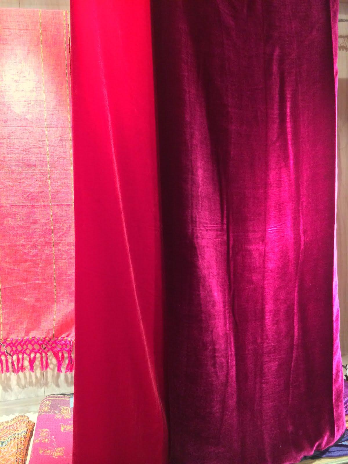 Archaic Red / Velvet