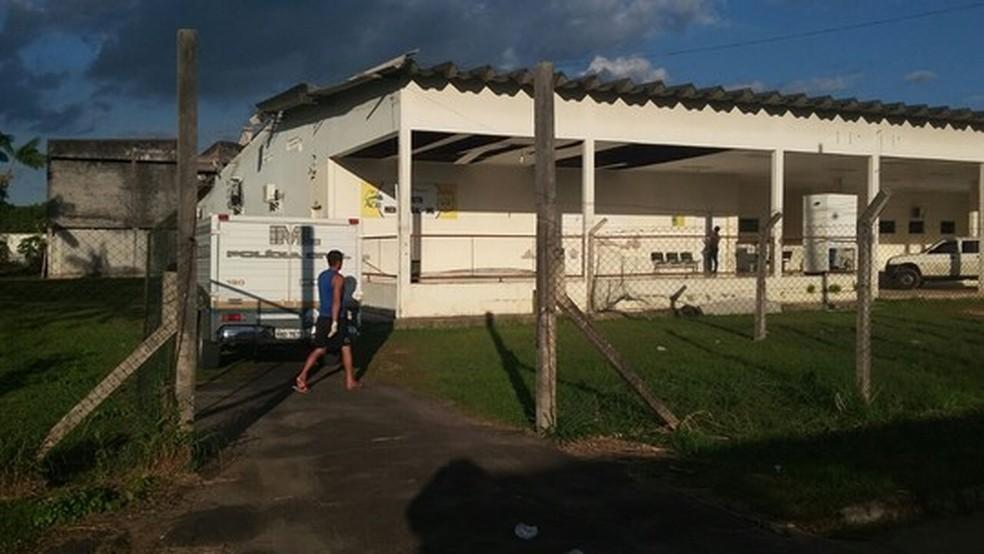 Corpo é achado com mãos e pés amarrados dentro de rio em Cruzeiro do Sul