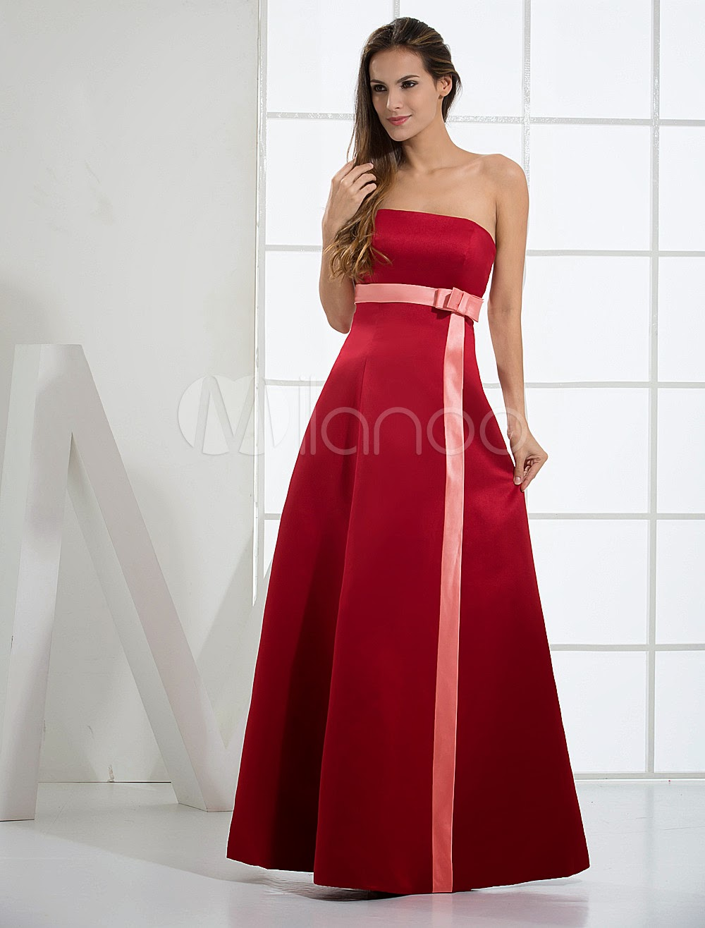 Beautiful Strapless Satin Bridesmaid Dress