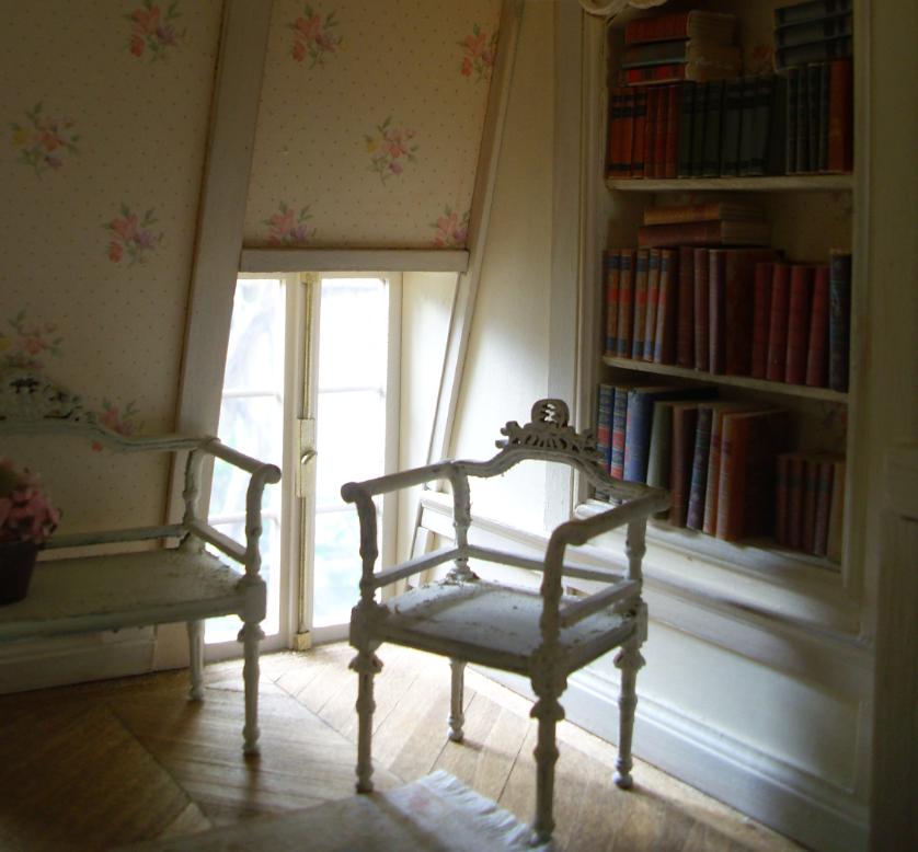 Helle Farben Und Bücher Im Schlafzimmer Und Ein Neues Efeu