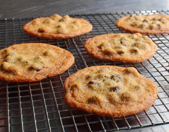 Best thin chocolate chip cookie recipe