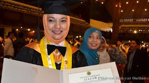 Oranye adalah Warna Kenagan FEb UGM Kami Tercinta: Ikang Fawzi & Marissa Haque
