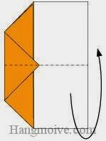 Bước 5: Gấp đôi tờ giấy về phía mặt đằng sau tờ giấy.