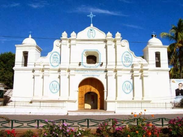 Vista exterior Iglesia de Conchagua, La Unión