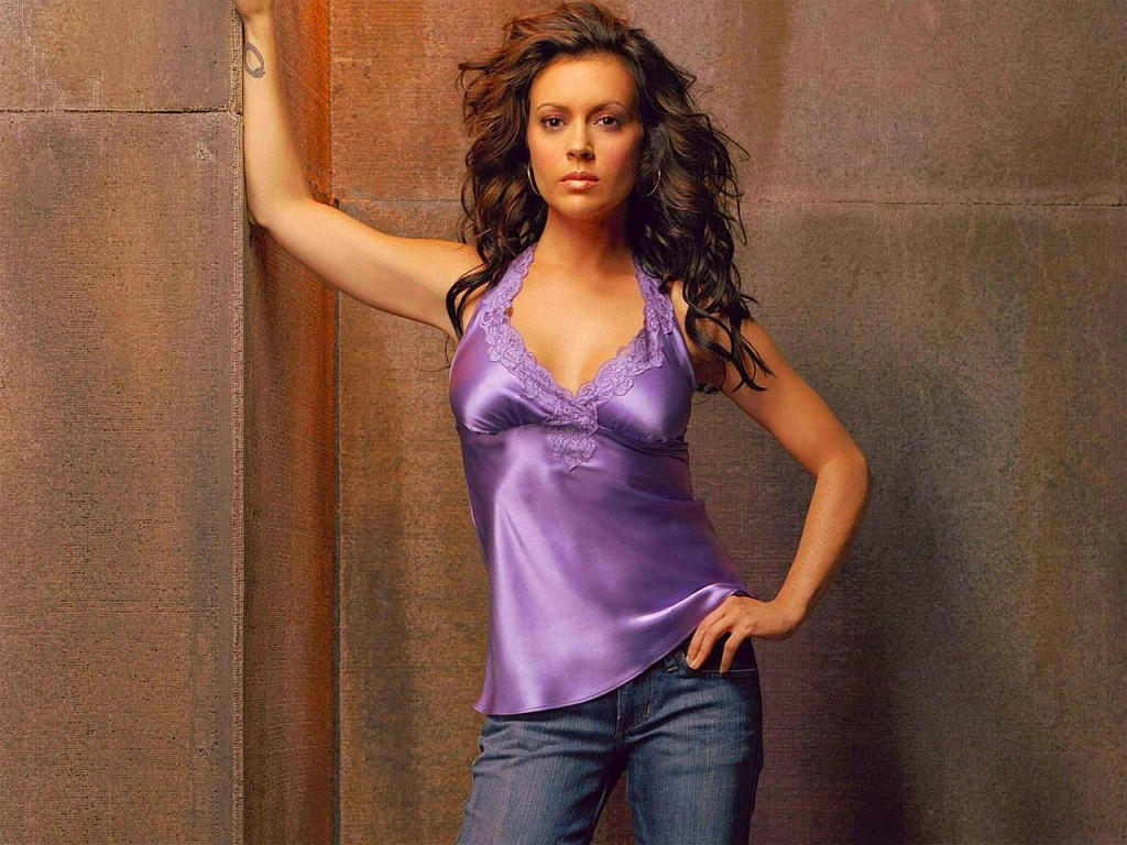 Alyssa Milano wallpaper, alyssa milano red carpet, alyssa milano news, alyssa milano wallpaper widescreen-21