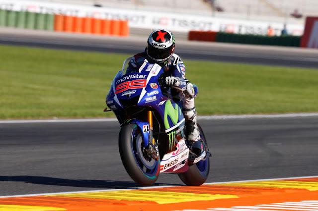 Hasil Kualifikasi MotoGP Valencia 2015 : Jorge Lorenzo Buktikan Keperkasaannya