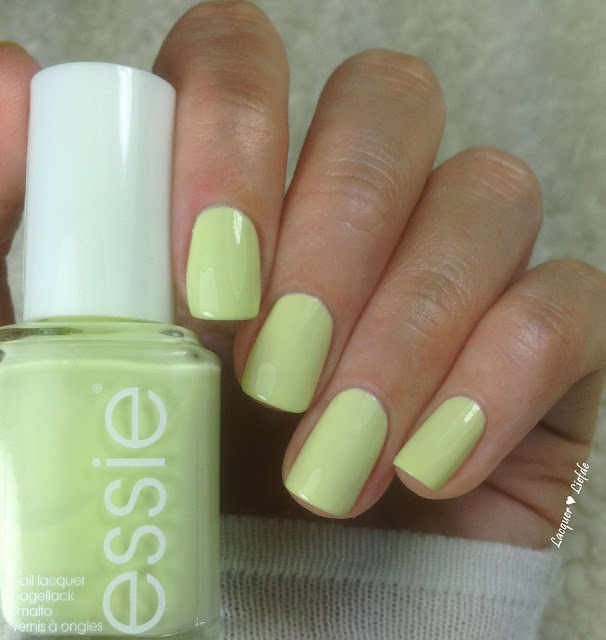 Essie Chillato 371 Peach Side Babe