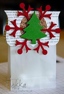 Adorable Christmas Table Treat Bags by Bekka www.feeling-crafty.co.uk