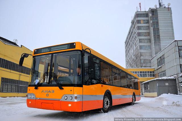 LIAZ_Likinskii_avtobusnyi_zavod_072.jpg