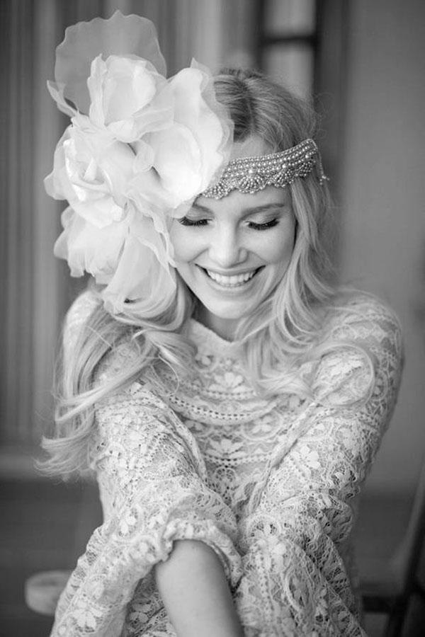Casamento - noiva - flores - veu - renda