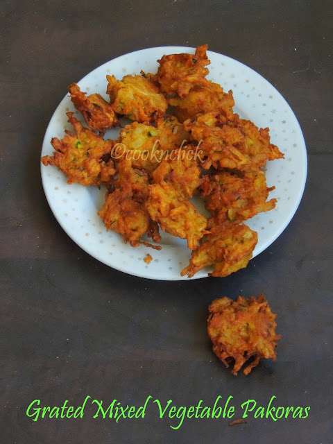 Grated Mixed Vegetable Pakodas