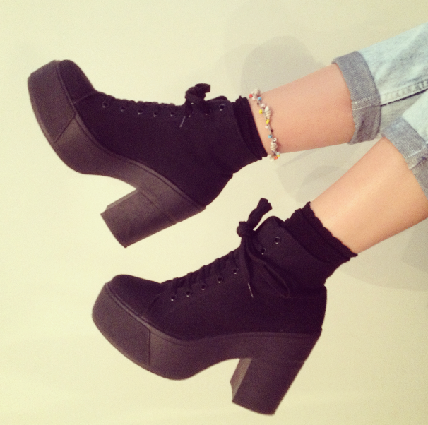 Topshop_black_boot_heels