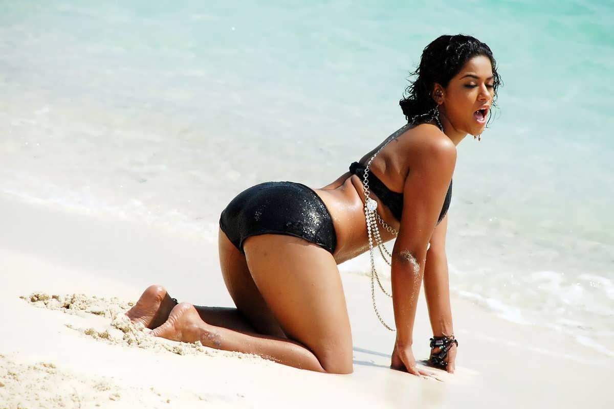 Bikini Gallery Pics 110