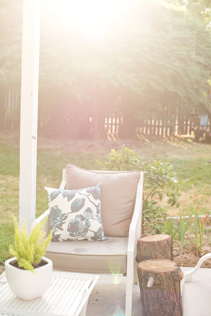 White patio furniture--backyard patio styling