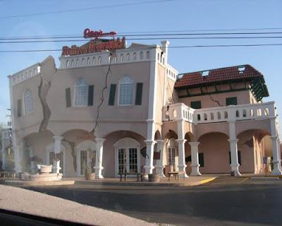 Gedung Ripley