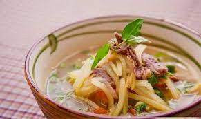 Green Mango and Beef Soup - Canh Xoài Xanh Thịt Bò