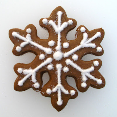Snowflake Cookie from TheGingerCookie.com