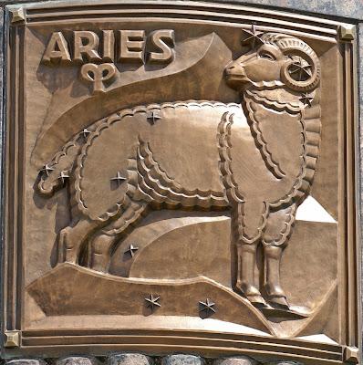 Escultura Aries en Bronce - aries