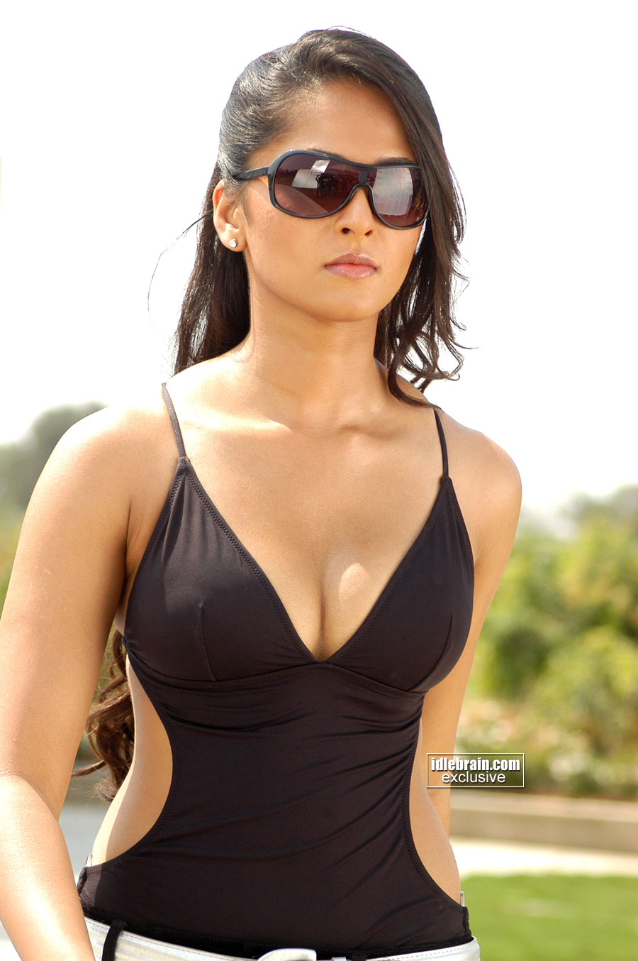 anushka%252Bhot%252Bvin%252Bstyile Tamil Actress Hot Unseen Photos, Tamil Actress Gallery, xxx State ...