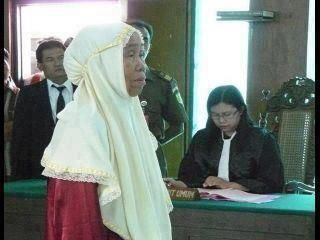 Hakim, Nenek Dan Ubi Kayu